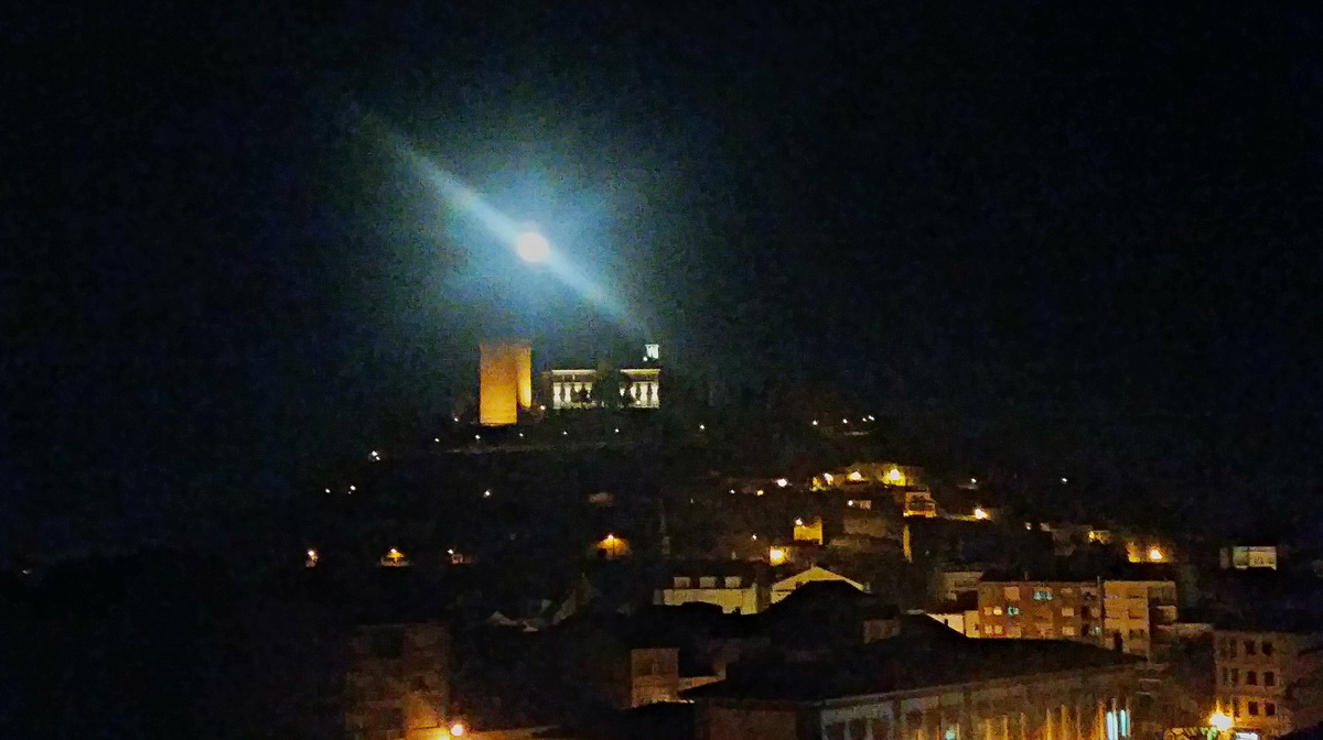 SUPERLUNA SOBRE SAN VICENTE